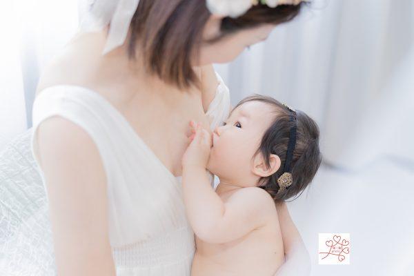 授乳は母と子の優しい時間